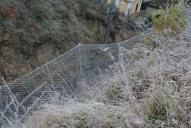 Ukázka užití lehkého záchytného plotu s využitím ocelové dvouzákrutové sítě Maccaferri.